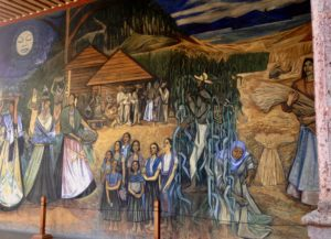 mothers under the moon in Alfredo Zalce mural